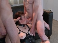 undressed team fuck licking, sucking and coming