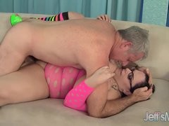 Horny mother I'd like to fuck Lyla Everwett takes a overweight cock in